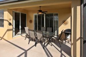 Flexible Pay Vacation Homes, Holiday homes  Kissimmee - big - 4