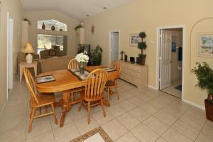 Flexible Pay Vacation Homes, Holiday homes  Kissimmee - big - 5