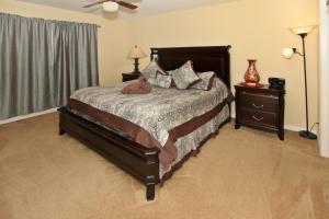 Flexible Pay Vacation Homes, Holiday homes  Kissimmee - big - 70