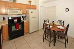Flexible Pay Vacation Homes, Holiday homes  Kissimmee - big - 69