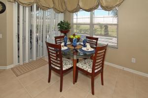 Flexible Pay Vacation Homes, Holiday homes  Kissimmee - big - 132