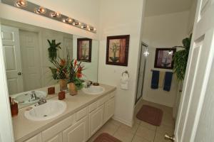 Flexible Pay Vacation Homes, Holiday homes  Kissimmee - big - 111
