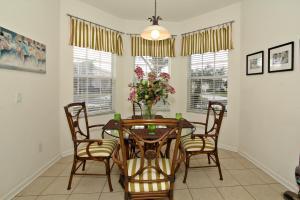 Flexible Pay Vacation Homes, Holiday homes  Kissimmee - big - 151