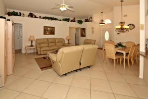 Flexible Pay Vacation Homes, Holiday homes  Kissimmee - big - 120