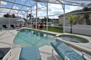 Flexible Pay Vacation Homes, Holiday homes  Kissimmee - big - 107