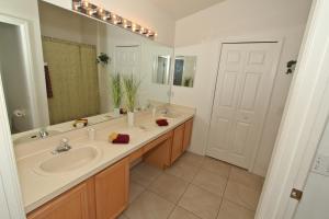 Flexible Pay Vacation Homes, Holiday homes  Kissimmee - big - 86