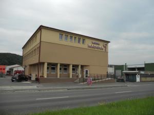 Motel Madona - Accommodation - Banská Bystrica