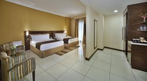 Deluxe Large Twin Room
