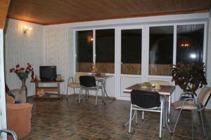 Voronin Guest House, Vendégházak  Gaszpra - big - 62
