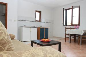 Apartments Sanader, Апартаменты  Трогир - big - 2