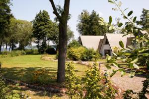 什未林湖邊公寓 (Das Haus am See Schwerin)