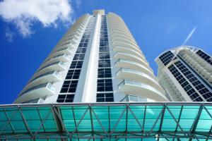 M Resort By Sunny International Realty