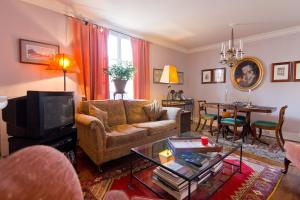Studios Paris Appartement – Utrillo