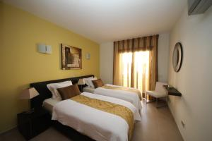 Mar da Luz, Algarve, Apartments  Luz - big - 9