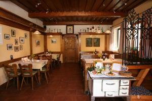 Gasthof zum Sonnenwald, Guest houses  Schöfweg - big - 36