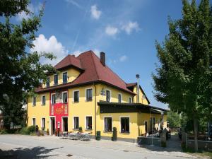 Gasthof zum Sonnenwald, Guest houses  Schöfweg - big - 1