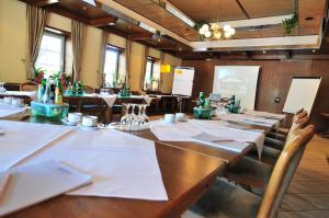 Business center Akzent Hotel Zur Grunen Eiche