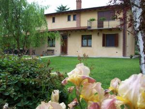 Nearby hotel : Agri Village Pavia