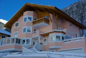 Hotel Garni Corinna - Ischgl