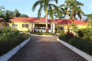 Villa Loyola photos