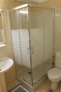 Varvaras Diamond Hotel, Apartmánové hotely  Platanes - big - 3