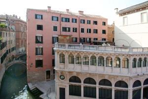 科尔特格丽玛尼住宅酒店 (Residence Corte Grimani)