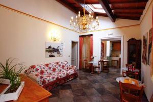 Discount Casa De Fiori Apartments