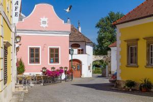 unser rosa Haus für Sie
