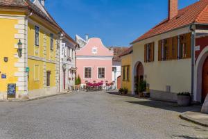 unser rosa Haus für Sie, Ferienwohnungen  Rust - big - 12