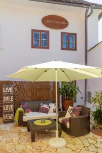 unser rosa Haus für Sie, Ferienwohnungen  Rust - big - 13