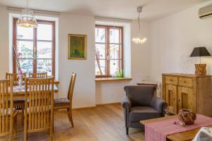 unser rosa Haus für Sie, Ferienwohnungen  Rust - big - 34
