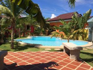 Alona's Coral Garden Resort Serviced Apartment