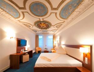Stadt-gut-Hotel Gasthof Goldener Adler
