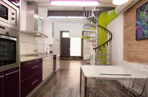 AB Modern Gracia Apartments
