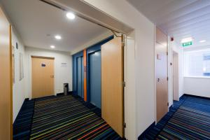 Chambre Double - Accessible aux Personnes à Mobilité Réduite