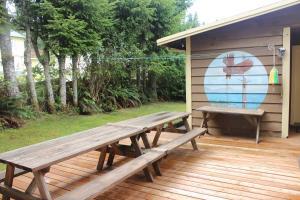 Port Renfrew Country Cottage