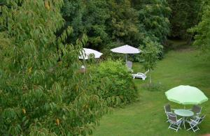 La Cascade de Hauterive, Bed and Breakfasts  Pinel-Hauterive - big - 27