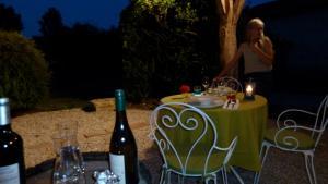 La Cascade de Hauterive, Bed and Breakfasts  Pinel-Hauterive - big - 35