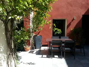 Les Chambres de l'Abbaye, Bed and breakfasts  Marseille - big - 40