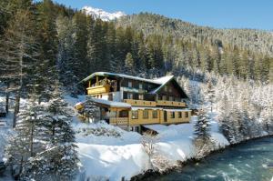 Alpengasthof Paletti - Hotel - Enzingerboden