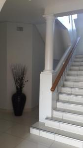Castle Mansions Self Catering, Apartments  East London - big - 7