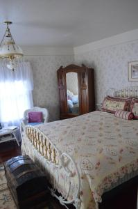 GlenMorey Country House, Bed and Breakfasts  Placerville - big - 9