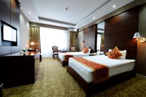バヤンゴル ホテル