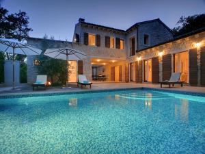 Banistra Villas