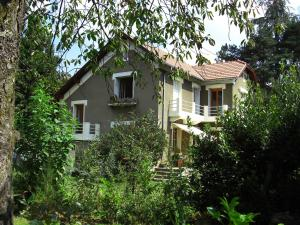 Les Sapins B&B, Bed and breakfasts  Montgaillard - big - 14