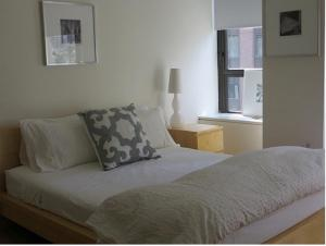 Studio Apartment - Wall Street photos