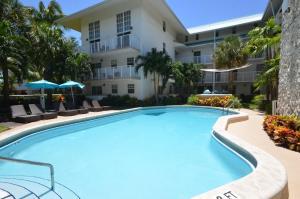 Suites at Coral Reef Resort
