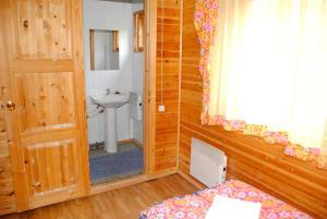 Hotel complex Derevnya Aleksandrovka, Villaggi turistici  Konchezero - big - 23