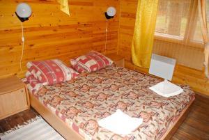 Hotel complex Derevnya Aleksandrovka, Villaggi turistici  Konchezero - big - 20
