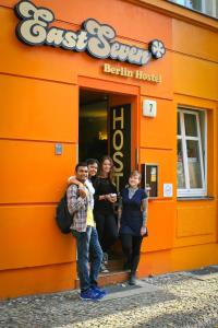 Берлин - EastSeven Berlin Hostel